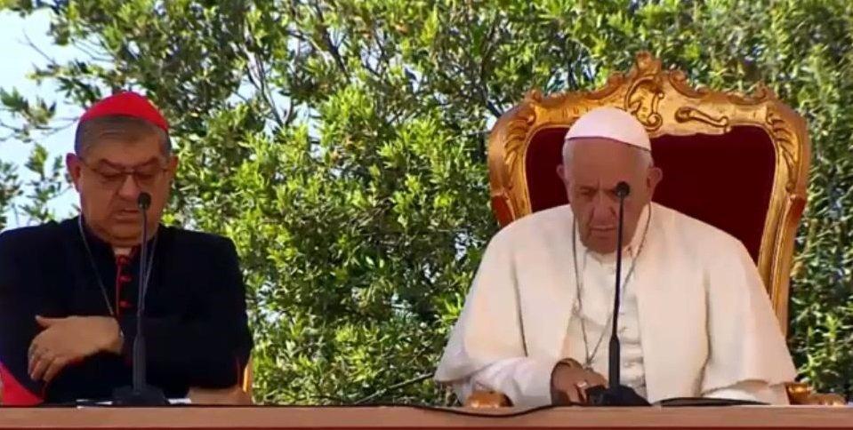 papa francesco e crescenzo sepe