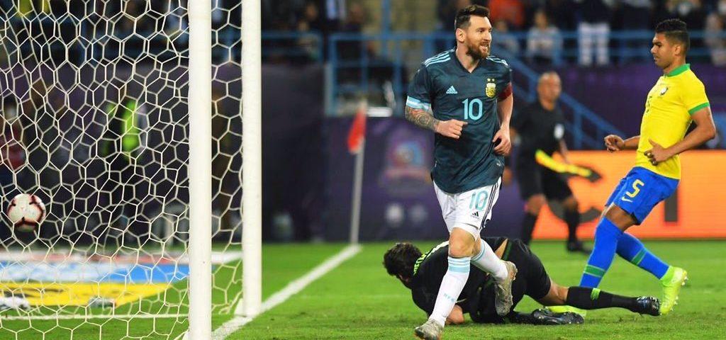Messi gol Brasile