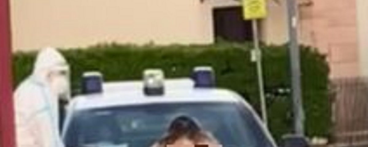 video ragazza nuda carabinieri